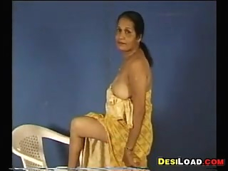 Indian Aunty Showing Off Her Tits amateur indian solo female